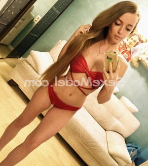 Stephana escort girl à Quimper