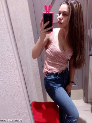 Similienne wannonce escort girl rencontre libertine